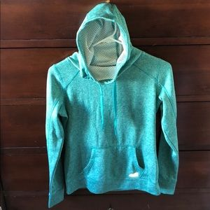 Nice and warm lined Avia sweatshirt.
